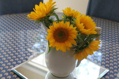 Love, love, love sunflowers.